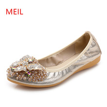 2018 Brand Women Pointed Toe Flats Loafers Fashion Ballet Flats Ladies Lolita Flat Shoes Black Silver Shoes For Women Size32-45 все цены