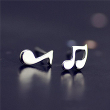 Lovely Silver Plated Musical Note Small Stud Earrings For Women Pendientes Plata Summer Simple Asymmetry Party Earings Jewelry