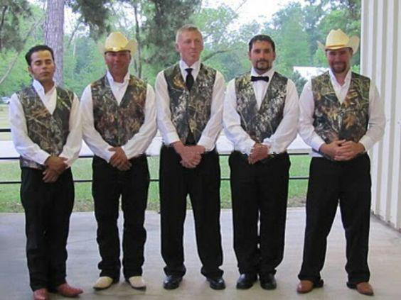 691c8cc2accc Simple Camo Men's Wedding Groom Wear Mossy Oak Camouflage Mens Tuxedo Vests  Camo New Custom Made size and color Men Waistcoat-in Vests from Men's  Clothing ...