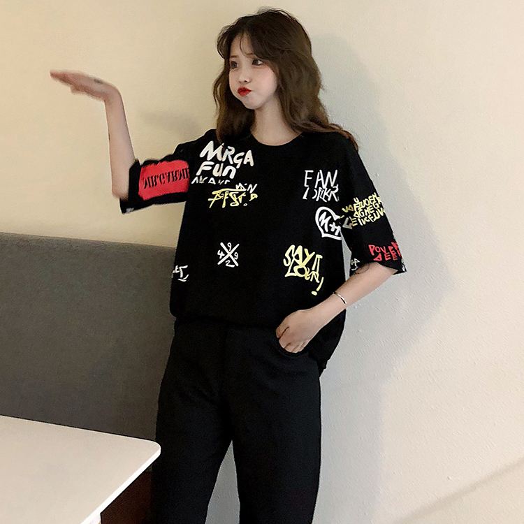 T-shirts Women Graffiti BF European Style Loose Harajuku Hip Hop Streetwear Chic Couple Clothes Unisex Daily Tshirt Womens Soft 104