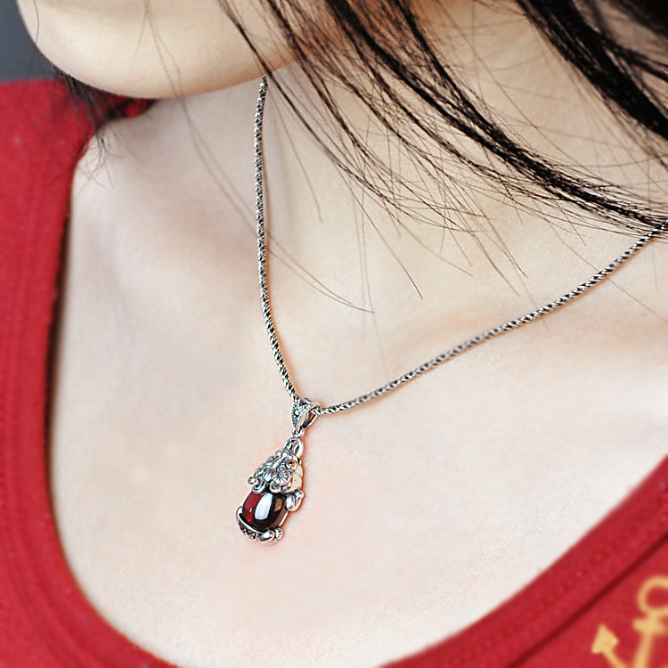 Handmade 925 Silver Pixiu Necklace Vintage Sterling Silver Lucky Piyao Pendant Necklace Fengshui Wealth Pixiu Amulet