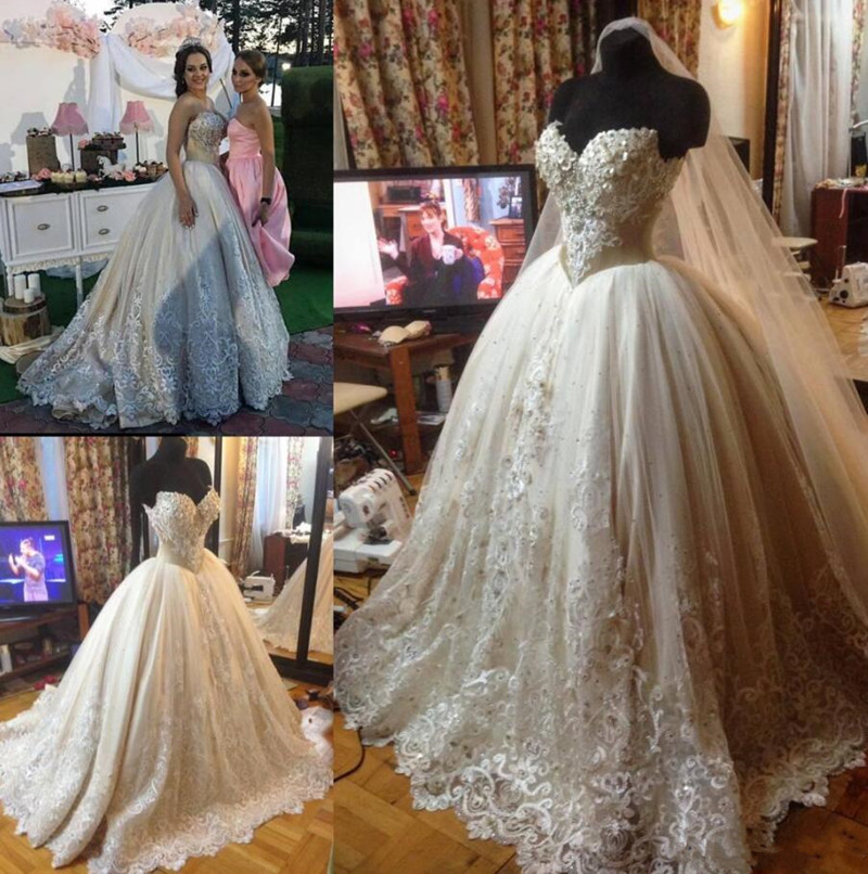 Luxury Ball Gowns For Marriage With Floral Appliques Sleeveless Rain Stones Crystals Beading Plus Size Vintage Wedding Dresses