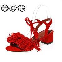 2017 סנדלי נשים ציצית בתוספת גודל 34-43 חדשה חמה אופנה קיץ משרד מזדמן אמצע העקב שרוכים נעלי נשים שחור אדום 5 ס