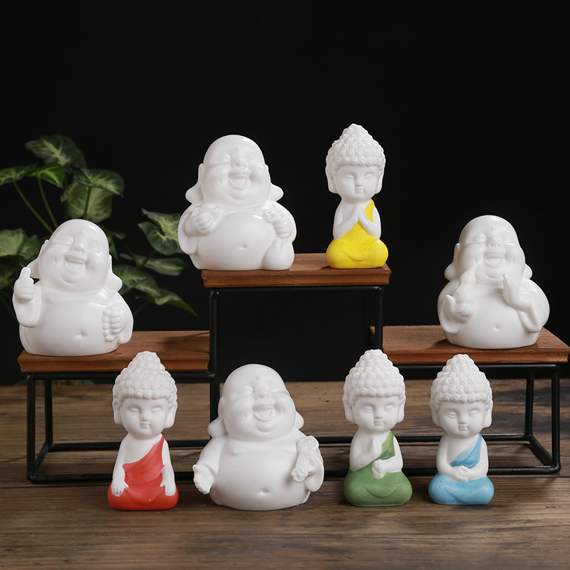 White Porcelain Maitreya Buddha Stutues miniatures Figurines Tathagata TeaPet Garden Decoration Ceramic Handicraft Home Decor