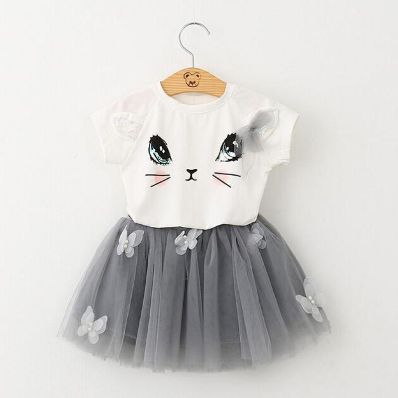 2018 summer new girls childrens clothing cute childrens cat short-sleeved T-shirt + butterfly beaded fluffy yarn skirt suit