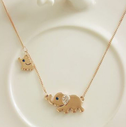 Gold Elephant Stroll Design Necklace