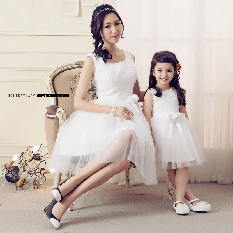 ФОТО Fashion Sleeveless Party Dress Elegant Lady white lace bow mother/daughter family bridesmaid Dress Family Matching Outfits
