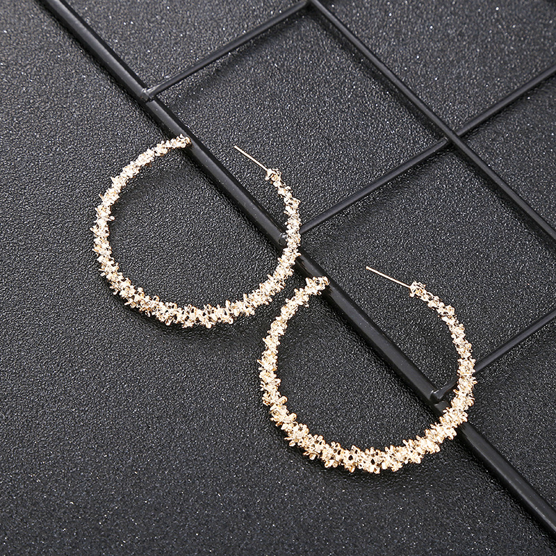 2019 New Fashion Retro Ear Ring for Women Gold and Silver Round Geometric Earrings Metal Alloy Accessories Jewelry Party Gift in Hoop Earrings from Jewelry Accessories