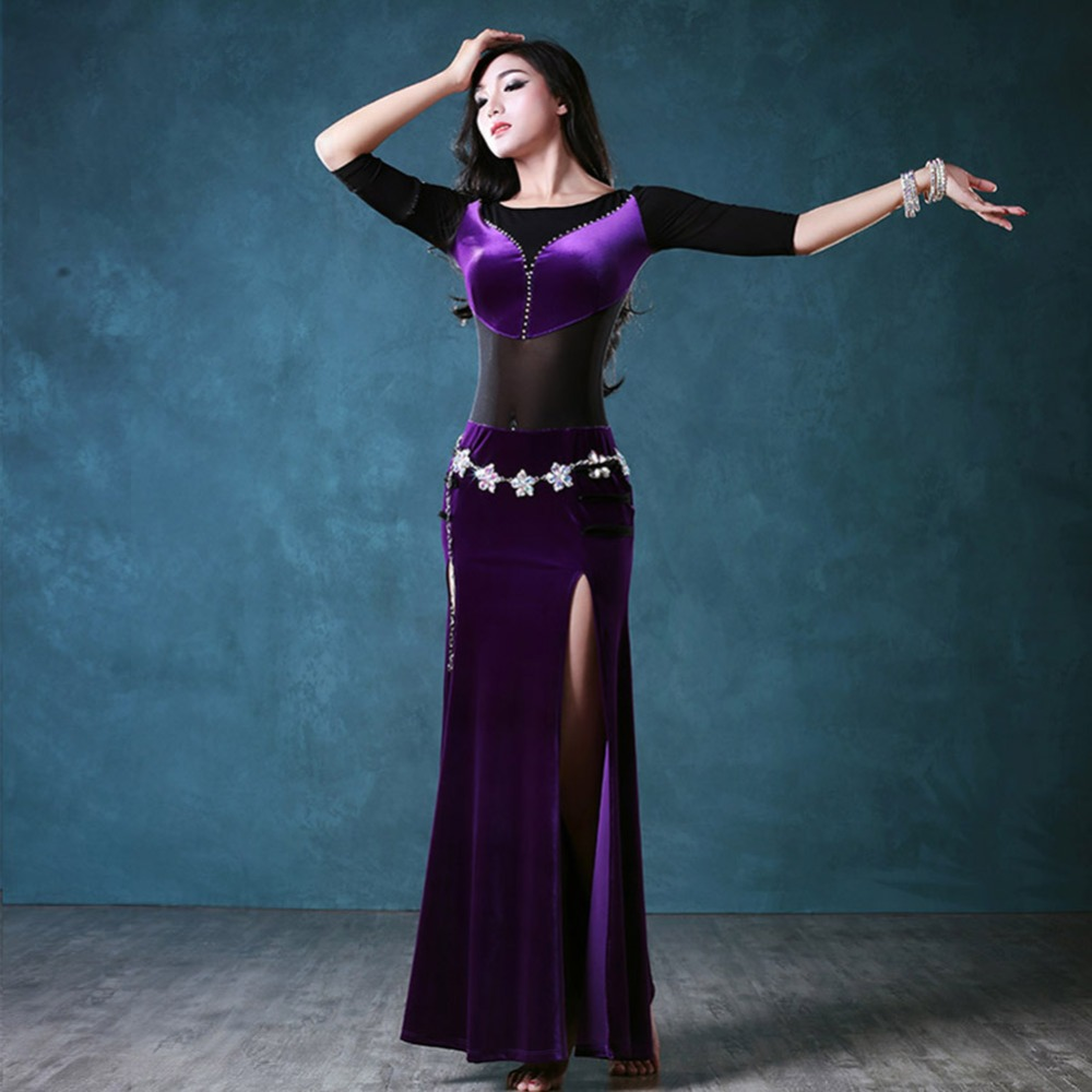 2018 New Sexy Women Bollywood Dance Costumes 2Pcs(Dress Waist Chain) Velvet  Indian Dance Stage Belly Dancer Wear Roupas Fitness -in Belly Dancing from  ... d010228ef83a
