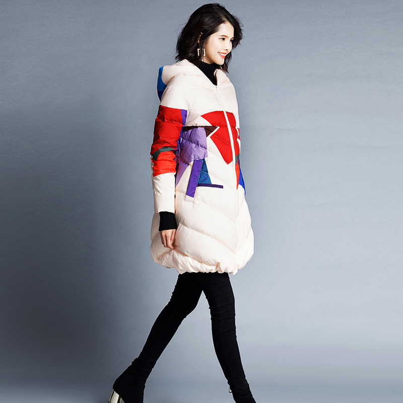 Chic Impression Chaud Dame Ao769 Vintage Le Femmes Vers Bas Veste Outwears 2018 D'hiver Mi long De À Canard Manteau Print Nouveau 90Duvet Blanc Capuchon 80OmNvnw