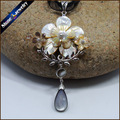 Collares Vintage Hand-carved White Flower Natural Pearl Sea Shell Water Art Carving Gems Beads Pendant Necklace for Women BS089