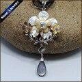Collares de La Vendimia tallados A Mano Flor Blanca Perla de Concha de Mar Natural Carving Art Gems Colgante, Collar de Perlas de Agua para Las Mujeres BS089