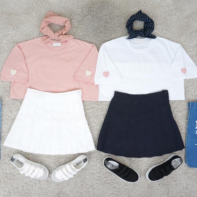 Mujeres tops pareja Ulzzang camisa casual camisetas de mujeres 2017 más el tamaño del estilo del verano de corea del corazón del Melocotón del bordado O cuello de la Camiseta