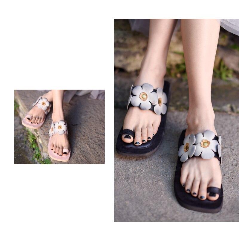 Artmu oryginalny Retro kobiet płaskie sandały z prawdziwej skóry klip Toe Handmade wygodne na zewnątrz kapcie plażowe A8 15 w Kapcie od Buty na  Grupa 3