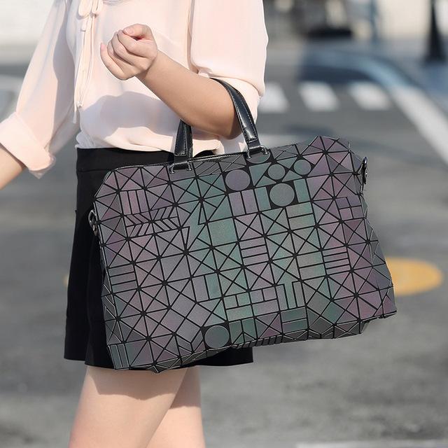 Japan Style Luminous Geometry Hologarphic Travel Tote Handbag For Women Large Prism Rock Bao Bag Folding Business Shoulder Bag
