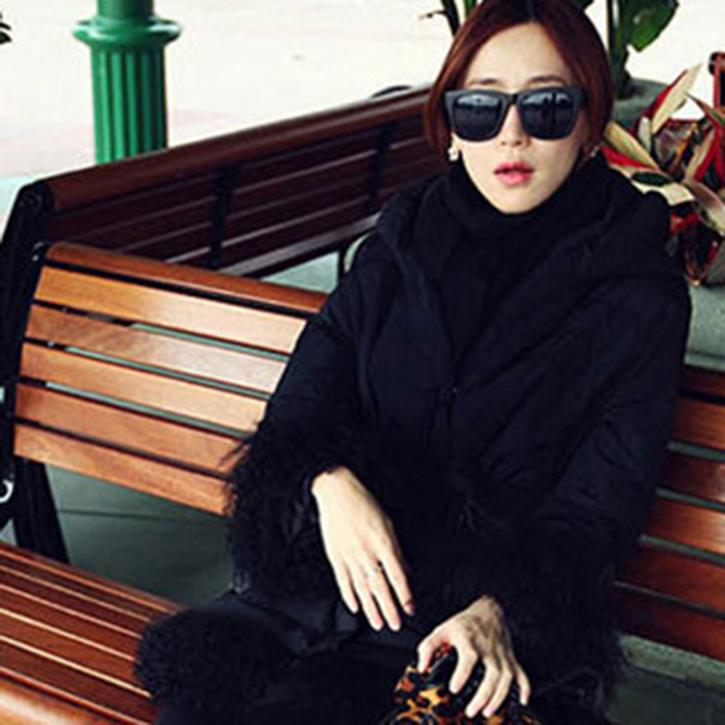 2018 New Fashion Trend Unique Design Rivets Frame Women Sunglasses Retro Square Ultra-thin Frame Design Sunglasses men