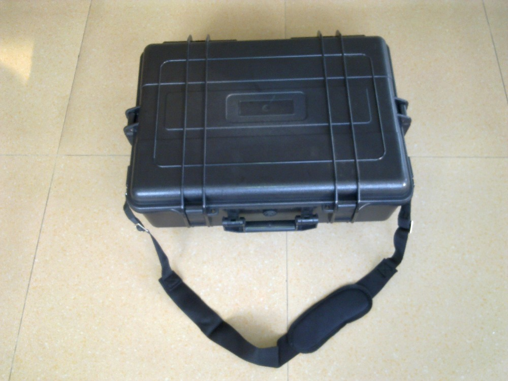 Internal 590*420*190mm waterproof instrument container with foam set made by ABS material petlas ta110 420 85r38 144a8
