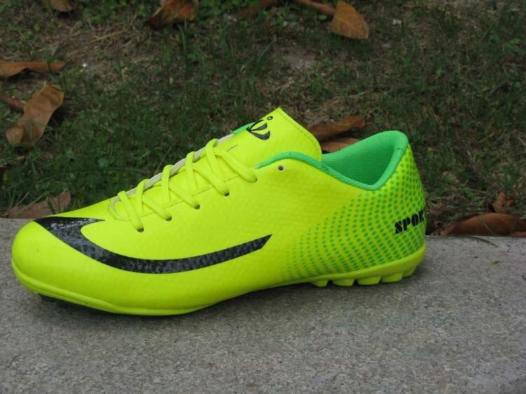 0e081e2d4a O Envio gratuito de Chuteiras para Homens botas de futebol de salão sapatos  de futsal futsal bolas para mens futzalki butsy sapatos sapato em Sapatos  de ...