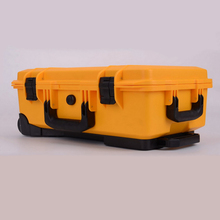 Peli style 1510 waterproof shockproof traveling case with wheels