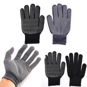 Image 2 - 2 adet profesyonel isıya dayanıklı eldiven saç şekillendirici aracı Curling düz düzleştirici siyah ısı eldiven bukle makinesi