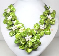 Charming 45mm 70mm Mother Of Pearl Shell Handmade 7 Flower Pendant Necklace 18 AAA Style Fine