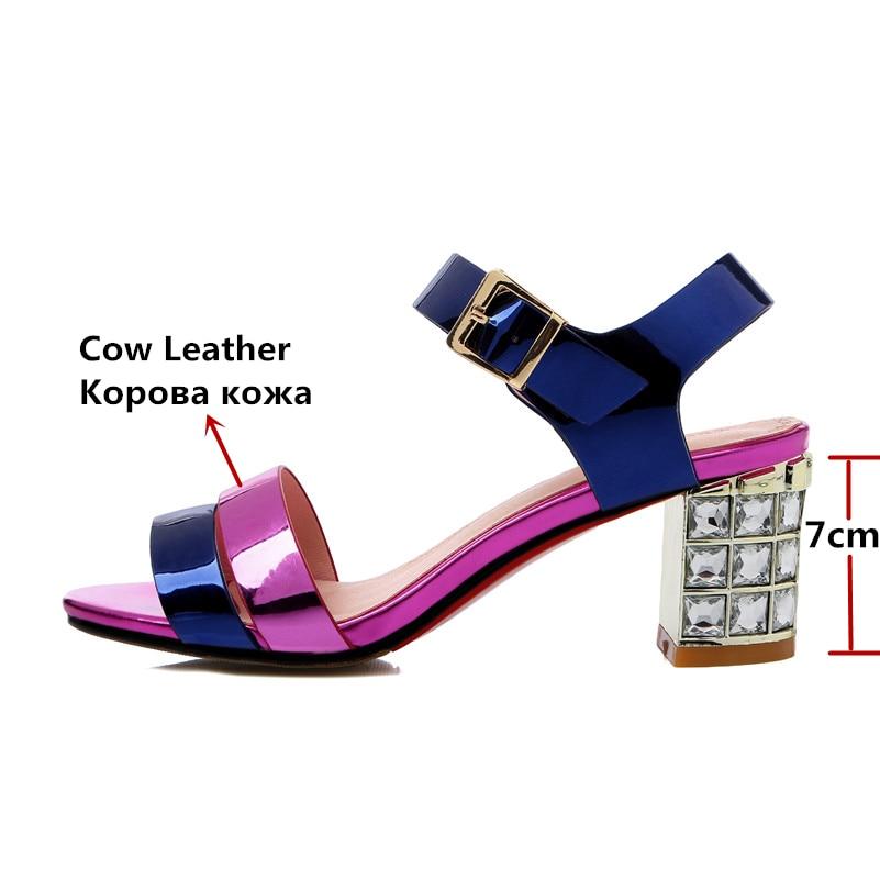Ayakk.'ten Yüksek Topuklular'de FEDONAS Yeni Gladyatör Kadın Hakiki Deri Sandalet Kristal Yüksek Topuklu mix renk moda ayakkabılar Kadın Kadın Düğün Parti Sandal'da  Grup 2