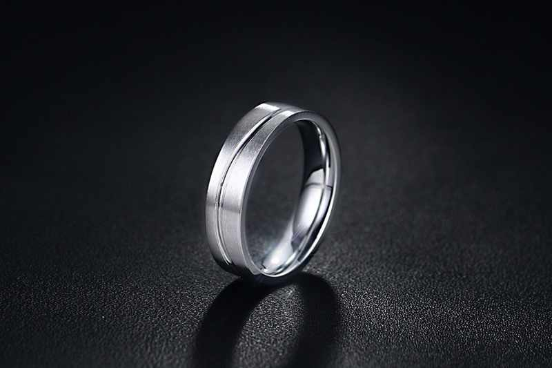 SIZZZ Stainless steel ring 5 mm wire drawing couples ring for male can  Engraving letters gift for boyfriend