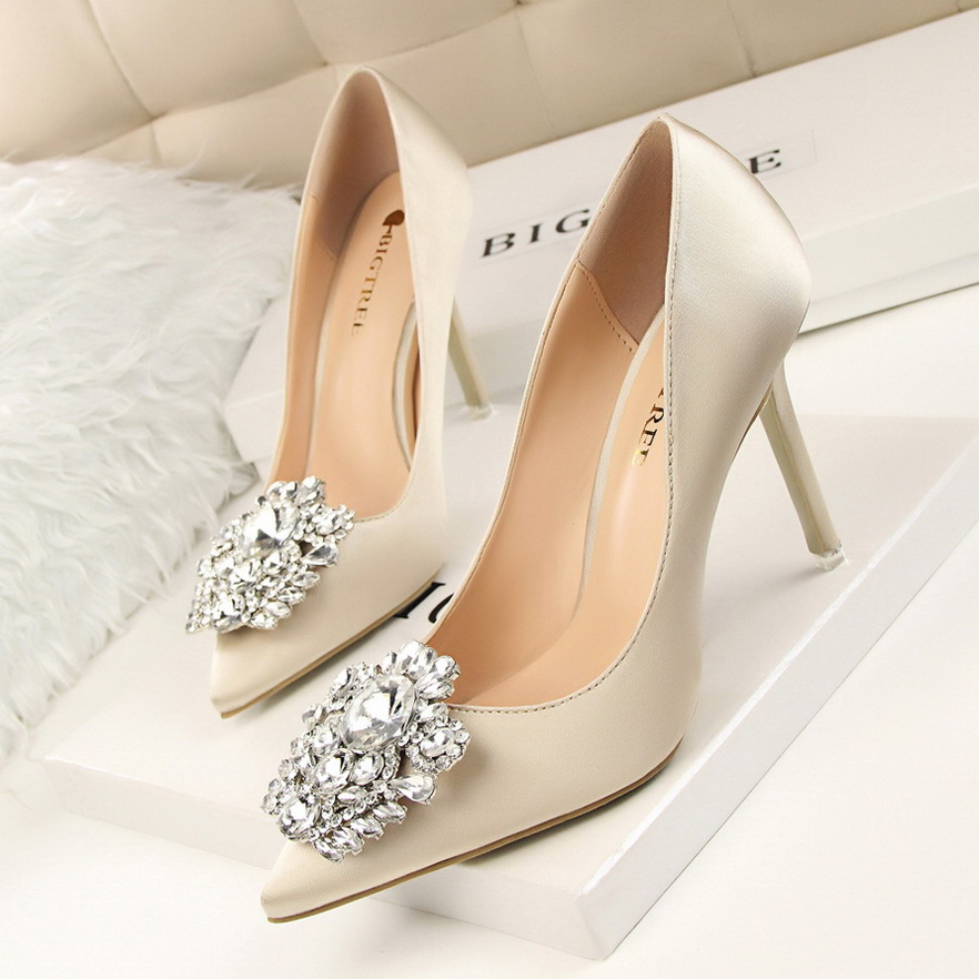 New Spring Summer Women 10cm Pumps Elegant Buckle Rhinestone Silk Satin High Heels Shoes Sexy Thin Pointed Shoes SMYBT-B0011 2014 spring and summer new elegant gold buckle leather shoes women shoes carrefour