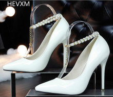 2017 Korean fashion women's fine with high heels shallow mouth diamond word with Madame Pearl's high-heeled shoes free shipping
