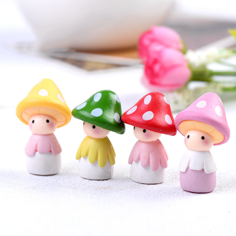 Cute Mushroom Doll Figurines Miniature Craft Fairy Garden Gnome Moss Terrarium Gift DIY Ornament Micro Landscape Garden Decor