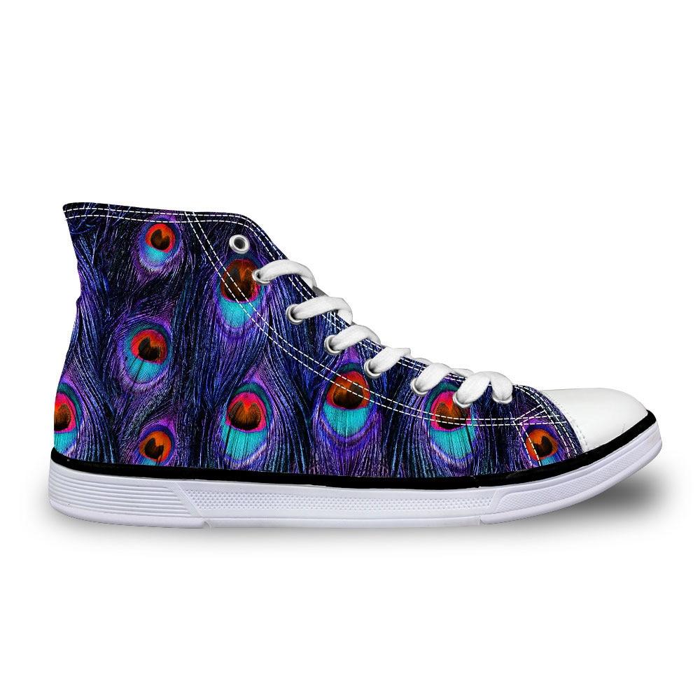 67adb1482f As Penas do pavão das Mulheres High-Top Sapatos de Lona de Lazer Primavera  Outono Sapatos Casuais Senhoras sapatos de Caminhada Respirável Sapatos  Zapatos ...