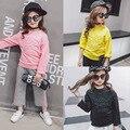 2017 весна раздел Корейских детская одежда детская дна рубашки девушки вышивка письма с длинными рукавами свободные Футболки
