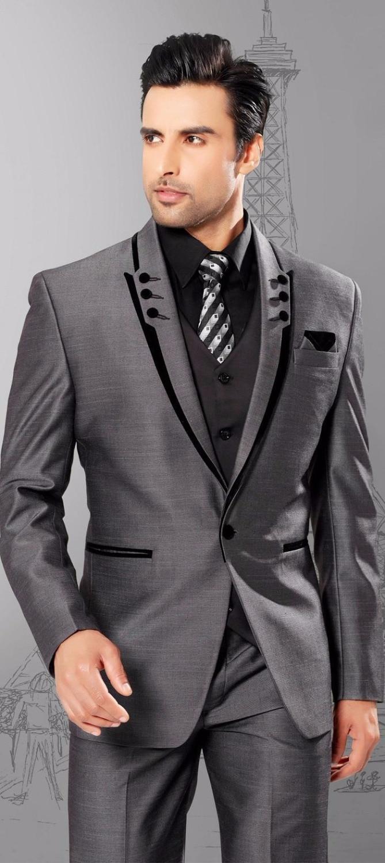 High Quality One Button Grey Groom Tuxedos Peak Lapel Groomsmen Mens Wedding Dresses Prom Suits (Jacket+Pants+Vest+Tie)