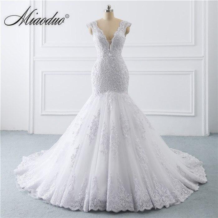 Vestido de noiva sereia branco 2019 abiti da sposa Botão Illusion Voltar Lace Applique Pérolas de Cristal V Neck Vestidos de Casamento nova