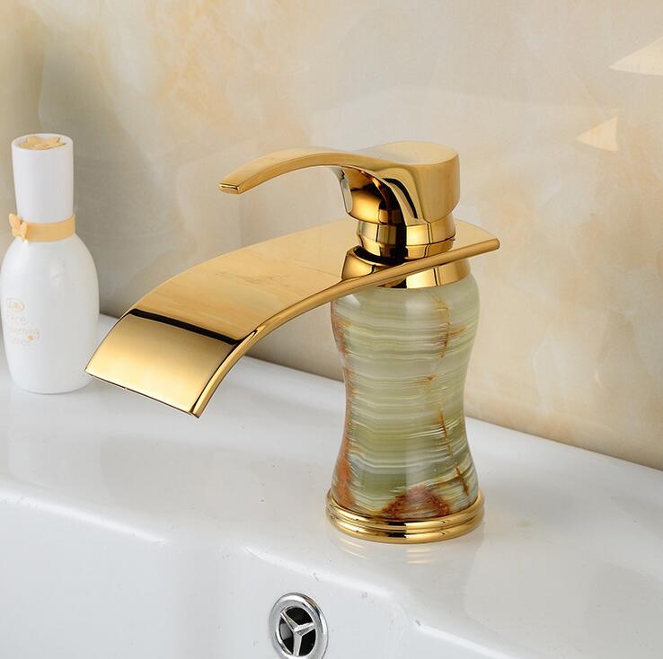Antique européen robinets de bassin mélangeur vintage, laiton rétro robinet de lavabo de toilette or, salle de bains cuivre jade bassin robinet cascade,