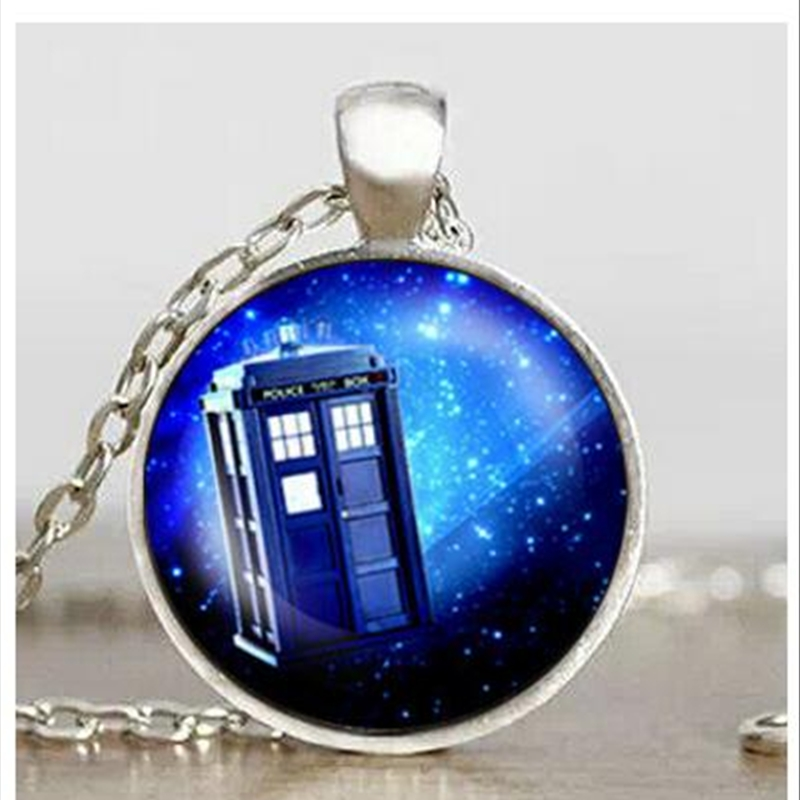 wholesale Doctor Who Pendant,Tardis Necklace, time machine Jewelry glass cabochon Necklace Art Gifts for Her A-119 HZ1