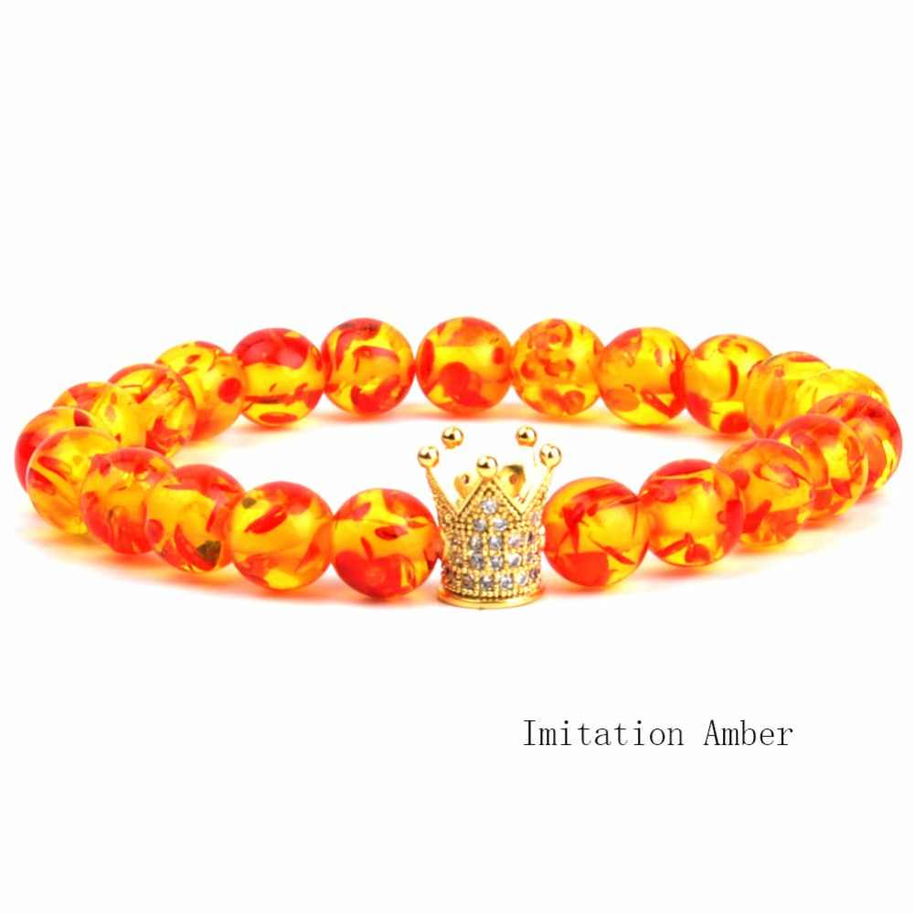 Fashion Strand Gelang Pria 8 Mm Imitasi Damar Resin Manik-manik Emas Pave CZ King Crown Pesona Gelang untuk Wanita pria Perhiasan