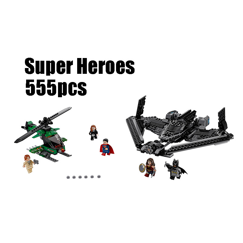 Compatible with Lego batman 76046 07019 555pcs super heroes movie blocks Sky High Battle toys for children building blocks lepin 07056 775pcs super heroes movie blocks the scuttler toys for children building blocks compatible legoe batman 70908