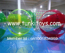 water ball walking running inside agua bola aqua bubble human hamster ball