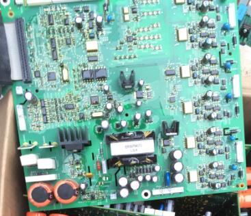 Original ATV71HD75N4Z ATV61 71 Series 55KW 75KW Power Board Driver Board