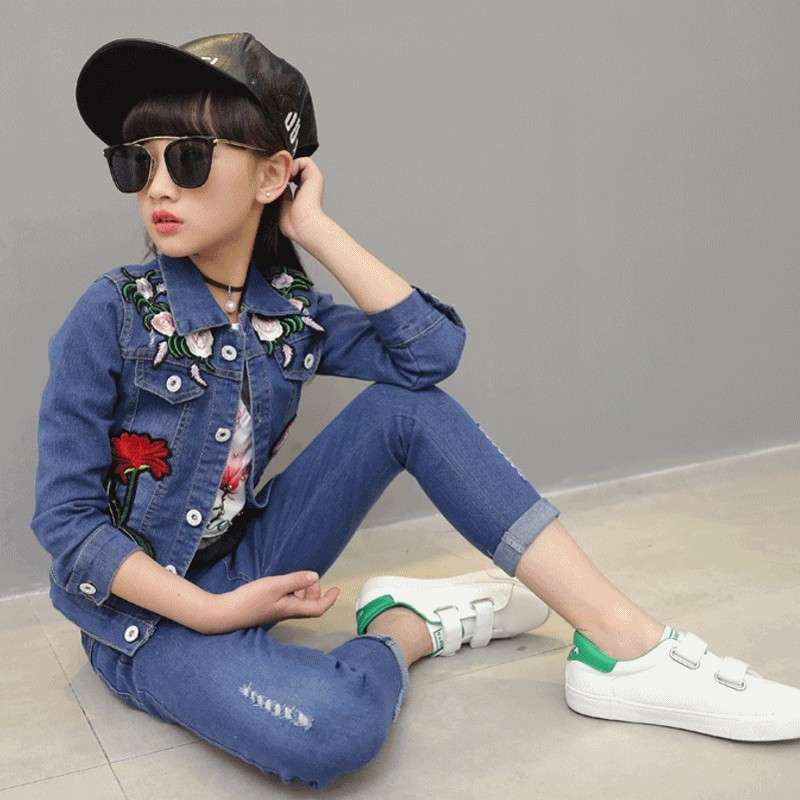 2018 New Fashion Spring Autumn Hot Flower Embroidery Single Breasted Denim Jacket+Hole Ripped Full Length Jeans 2Pcs Girl Suits 2017 jeans stretch hommes famous brand men ripped jeans top fashion hole jeans men slim printed japanese denim joggers size 5xl