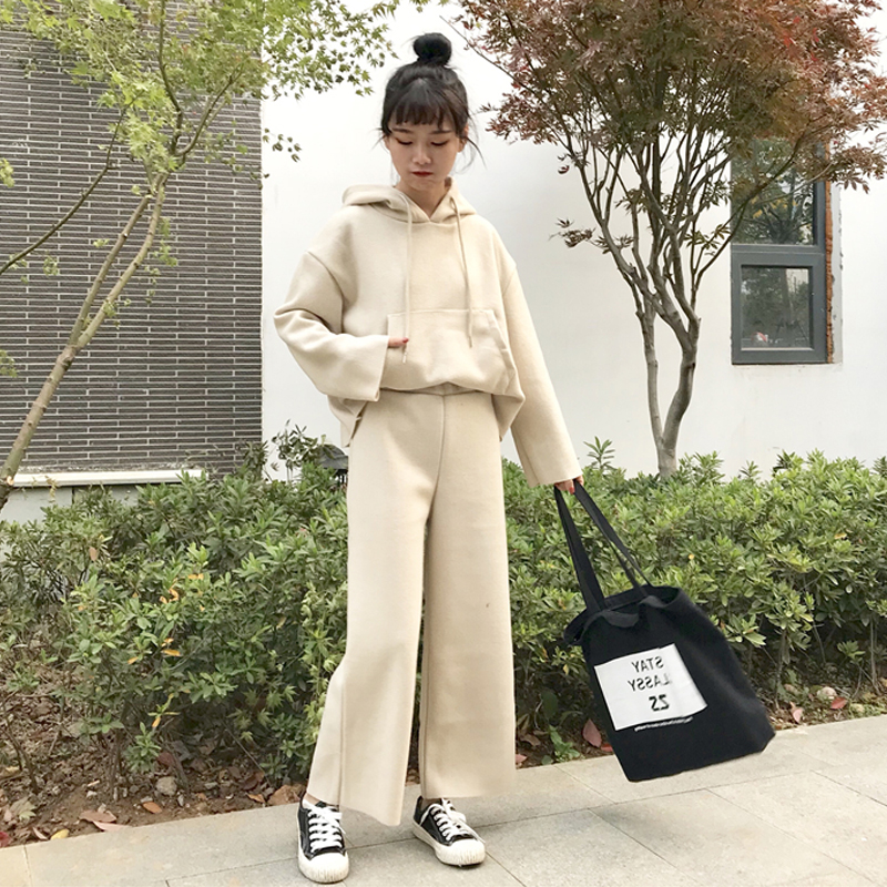 2018 Autumn Hooded Sweater Wide Leg Nine Pants Two Sets Of New Women's Suit Korean Version Of Solid Color Women's Clothes