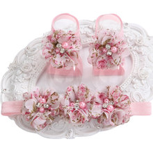 2015 Baby Cute girl Rhinestone/pearl Boutique rosset shoes Floral zapatos bebe Headband and Barefoot Shoes set retail(China)
