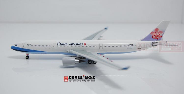 Aeroclassics Taiwan China Aviation B-18308 1:400 A330-300 commercial jetliners plane model hobby gjcca1366 b777 300er china international aviation b 2086 1 400 geminijets commercial jetliners plane model hobby