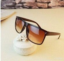M56 2017 Summer Style Unisex Vintage Sunglasses Retro Rivet Men  Women Sun Glasses Women Brand Designer Glasses Oculos De Sol