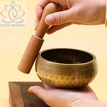 9.3 см Медитации Поющая Чаша Тибетский Yoga Поющая Чаша Гималайских Руку Молотком Чакры Медитация Звуковой Массаж балансировки Чакры