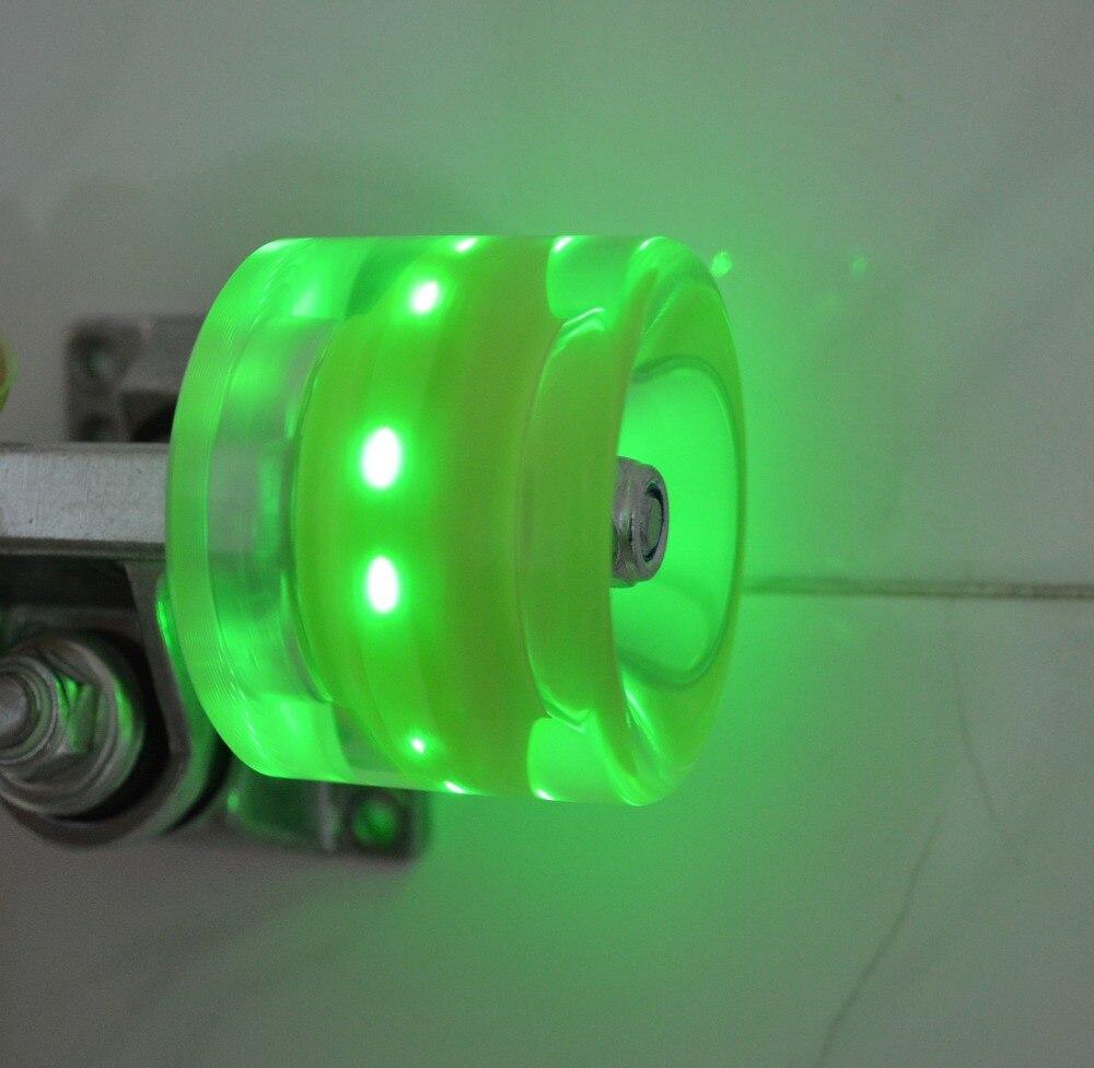 Prix pour Ensemble de 4 LED Lumière-up Planche À Roulettes Roues avec ABEC-9 Roulements