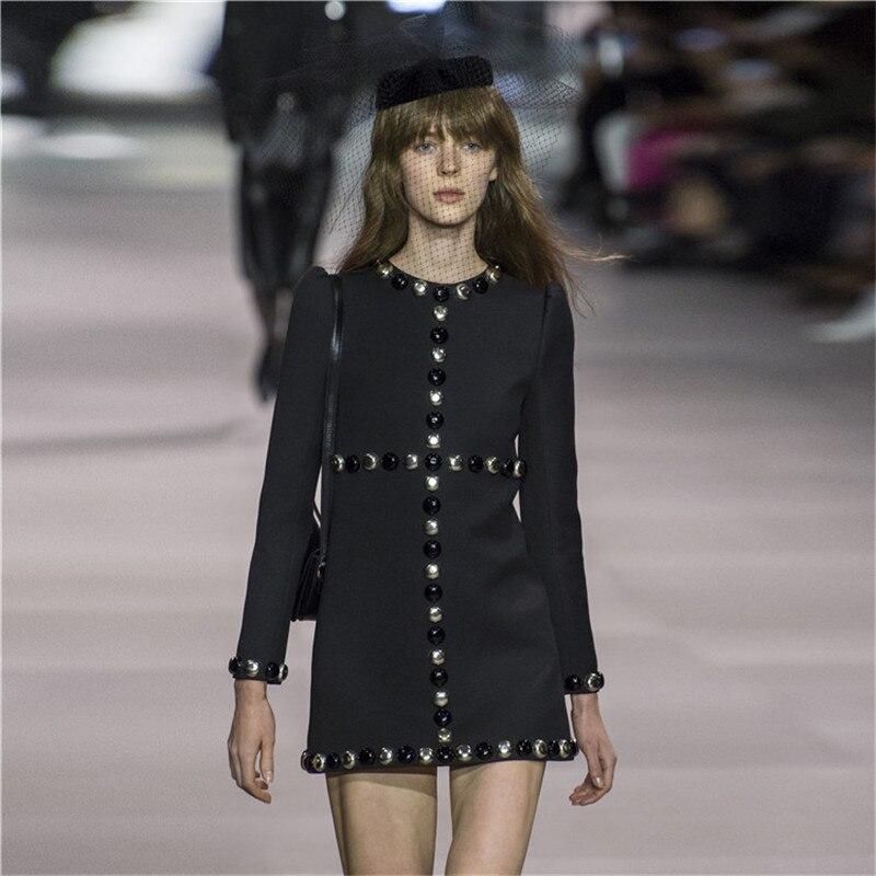 Abiti Vintage Dalle Pista Elegante Vestiti Mini Nero Sottile Il Partito  Vestito Da Di Progettista Lunga ... f0a13631d0b