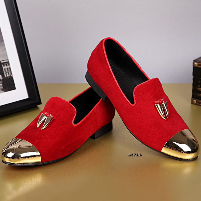Fashion Casual Leather Mænd Sko Luksus Vogue Red Wedding Shoes Salg Metal Round Toe Suede Loafers Slip On Flats Herresko.