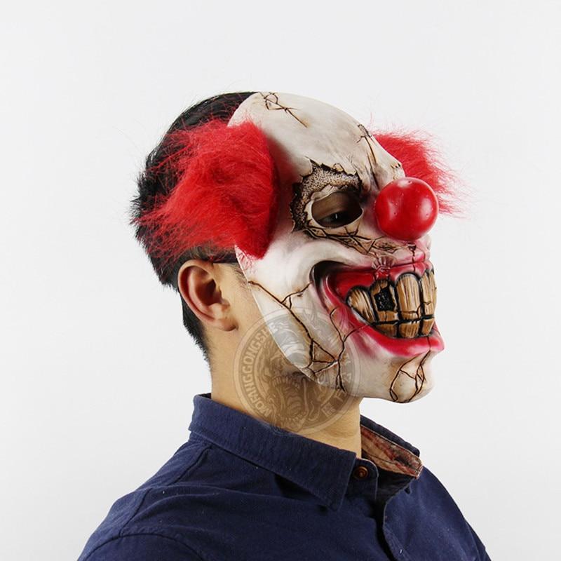 Horror Maschera Di Lattice Pagliaccio Rosso Naso Capelli Cosplay Completa  volto Spaventoso Maschera di Halloween Per Adulti Fantasma della Mascherina  Del ... 68b152b6b1af